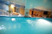 Финская сауна с бассейном